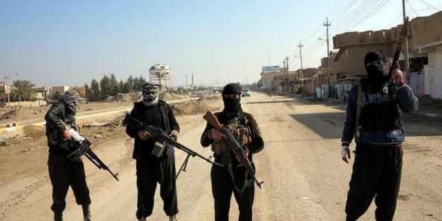 El Meyadin: Amerika IŞİD teröristlerini Suriye – Irak sınırına götürdü