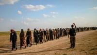 60 IŞİD'li terörist ABD güçlerince El'Tenf'teki yasadışı üsse nakledildi