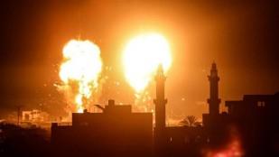 Terör rejimi İsrail ateşkesi ihlal etti; Gazze'ye saldırdı