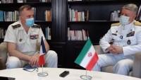 Tuğamiral Hanzadi: Bölgedışı ülkelerin gemileri Fars Körfezi'nden ayrılmalılar