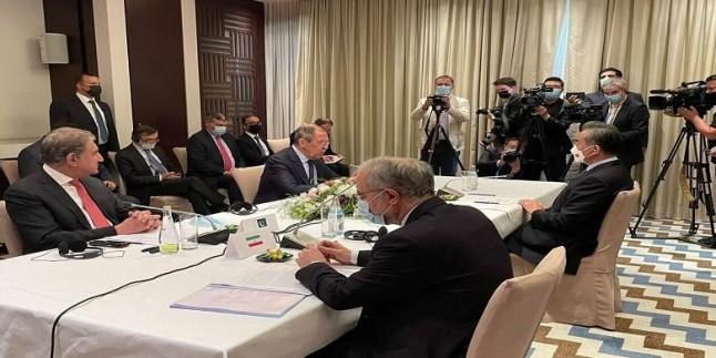 İran ve 3 ülkenin üst düzey diplomatları Afganistan için bir araya geldiler