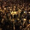 Foto: Mescidi Aksa'nın Kapısında Yatsı Namazı