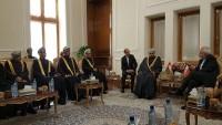 Zarif Umman İçişleri Bakanı ile bir araya geldi