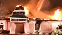 ABD'de yanan camiye bölge halkından büyük destek