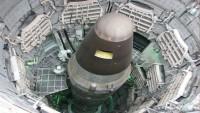 İslam Ülkelerine Kimyasal Silah Bahanesiyle Saldıran Büyük Şeytan Amerika ve Uşakları, Nükleer Silahların Yasaklanmasına Karşı Çıktı