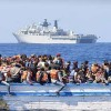 Akdeniz'de 1000'den fazla sığınmacı ölümden döndü