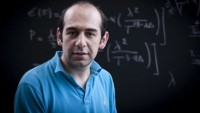 İranlı fizikçi, 3. Bukalter kozmoloji bilimi ödülüne layık görüldü