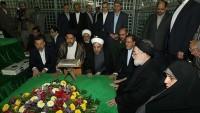 İslami İran Cumhurbaşkanı ve bakanlar kurulu üyeleri, İmam Humeyni'ye olan ahitlerini tazelediler