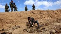 Irak'ın Şengal şehrinde bulunan 3 toplu mezarda 150 kişinin cesedi çıkarıldı