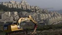 Siyonist İsrail Filistinlilerin arazilerini gasbetmeye devam ediyor