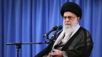 İmam Ali Hamanei: İran milletinin başarısını şehidlerin fedakarlıklarına borçluyuz