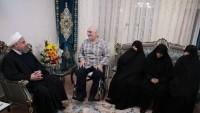 Ruhani: İran İslam Cumhuriyeti şehitler ve gazilerin fedakarlıkları sonucu bütün zorlukları aşmayı başardı