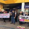 Londra'nın güneyinde İranlı gence yapılan saldırıya itiraz