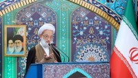 Ayetullah İmami Kaşani: İran'ın savunma gücü müzakere edilemez