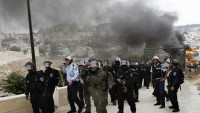 Kudüs'te siyonist askerler 5 Filistinliyi yaraladı