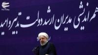 Ruhani: İran'ın yeni döviz siyaseti, Amerika'ya atılan bir tokattı