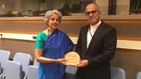 İran'a epidemik olmayan hastalıklarla mücadele ödülü