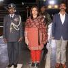 Pakistan, Hint pilotu ülkesine teslim etti