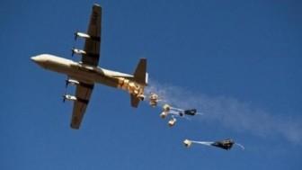 ABD uçakları teröristlere gıda ve ilaç götürüyor