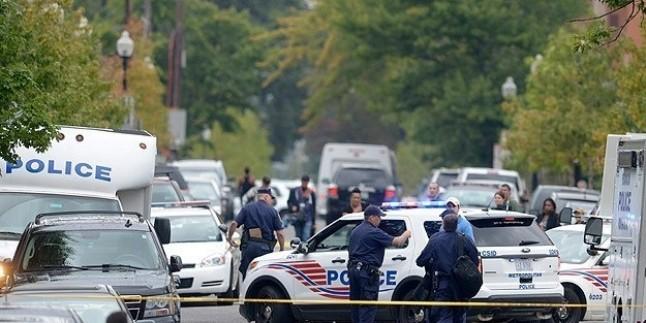 ABD'de Polis Vahşeti: ABD'de Uyuyan Gence Altı Polis Birden Ateş Açtı