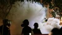 Trump Karşıtları Sokaklara Dökülerek Polisle Çatıştı