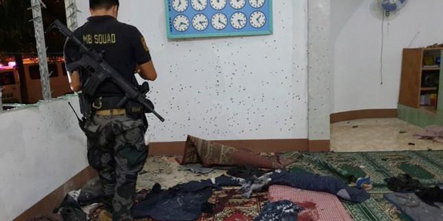 Filipinler'de Bir Camiye El Bombalı Saldırı: 2 Şehid