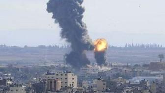 Siyonist İsrail Savaş Uçakları Gazze'deki Adalet Bakanlık Binasını Bombaladı