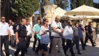 Siyonistler, dün sabah Mescid-i Aksa'ya baskın düzenledi