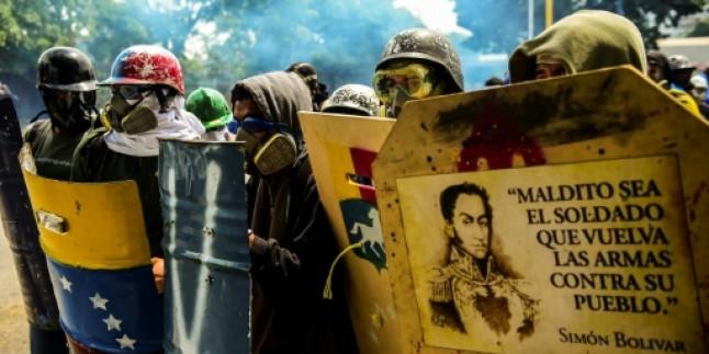 Venezuelalı Bakan'dan Guadio'ya: Aptal çocuk