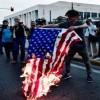 Yunanistan Halkı Suriye Saldırısını Protesto Etti / Amerikan bayrağı yakıldı