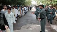 İran, 200 tutukluyu Afgan yetkililerine teslim etti