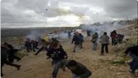 İşgal güçleriyle Filistinli gençler arasında Mescidi Aksa'da çatışma çıktı