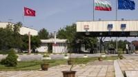 Bulgaristan Türkiye ile olan sınırını geçici olarak kapattı