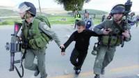 İşgal Güçleri Her Ay Ortalama 120 Filistinli Çocuğu Tutukluyor