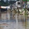 Endonezya'daki sel nedeniyle 100 binden fazla kişi evinden oldu