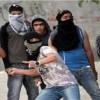 Filistinli Gençler Beytlahim'in Güneyinde Yerleşimcilerin Araçlarını Taşladı