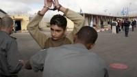 İşgal Güçleri Batı Yaka'da 23 Filistinliyi Gözaltına Aldı