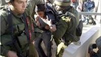 İşgal Güçleri Bu Sabah El-Halil'de Filistinli 2 Genci Gözaltına Aldı