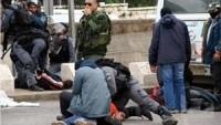 İşgal Güçleri Filistinli İki Genci Gözaltına Aldığı Sırada Darp Etti