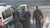 Siyonist İsrail Güçleri Bir Genç Kızı Bıçak Bulundurduğu İddiasıyla Gözaltına Aldı