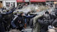 Fransa'da polis şiddetine tepkiler büyüyor