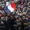Paris Halkı Kapitalist Sisteme Karşı Gösteri Düzenledi