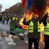 Fransa'da Sarı Yelekliler Sokakları Bırakmıyor