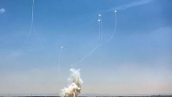 Gazze Direnişi Siyonist Askeri Üsleri 14 Adet Grad Füzesiyle Vurdu