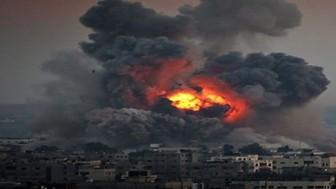 Siyonist İsrail Savaş Uçakları'nın Gazze'de Bir Evi Bombalaması Sonucu Biri Ağır 4 Filistinli Yaralandı