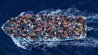50 Suriyeli, tekneyle açık denizde dolaştırılarak İtalya diye Mersin sahiline bırakıldı