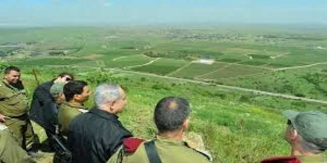 Siyonist Trump, İsrail İşgali altındaki Golan Tepelerini Tanıma Zamanının Geldiğini İddia Etti