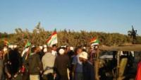 Foto: Golan Halkı, İsrail Ambulanslarını Durdurarak Terörist Olup Olmadığını Kontrol Ettiler