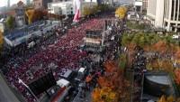 Güney Kore'de de halk protestosu