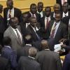 Güney Sudan'da mevcut hükümet feshedilerek geçici hükümet kuruldu
